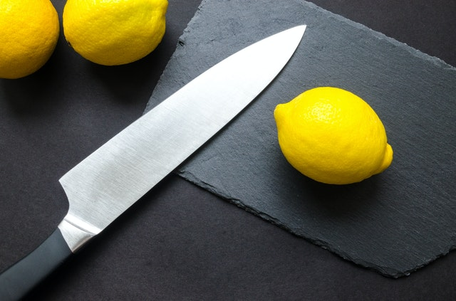 How to remove rust from knives