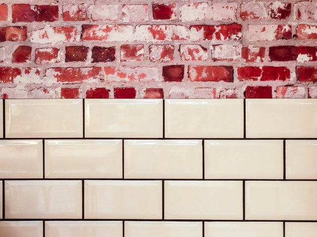 How to remove rust from tiles